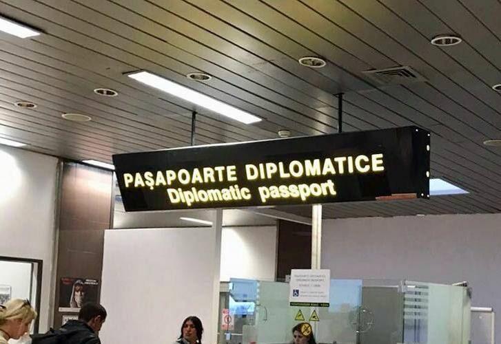 pasaport-diplomatic