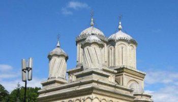 biserica-mesterului-manole