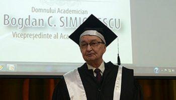 Academicianul_Bogdan_C_Simionescu