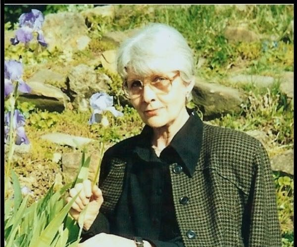 Dr Gabriela Duda Gradina Botanica