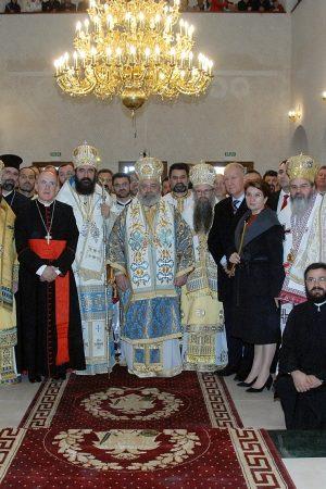 Prima-liturghie-in-noua-catedrala-din-Spania-24