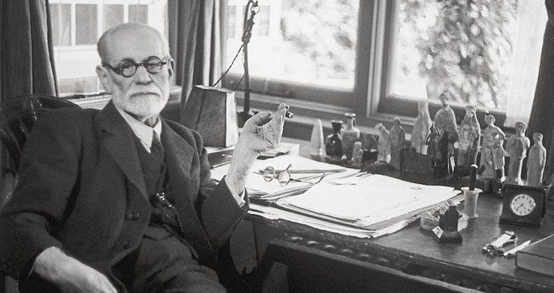 Freud-la-biroul-sau
