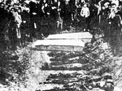 fantana-alba-masacru
