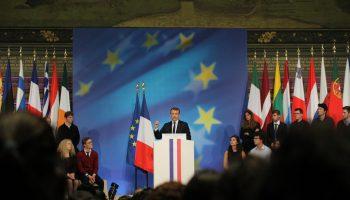 E.Macron