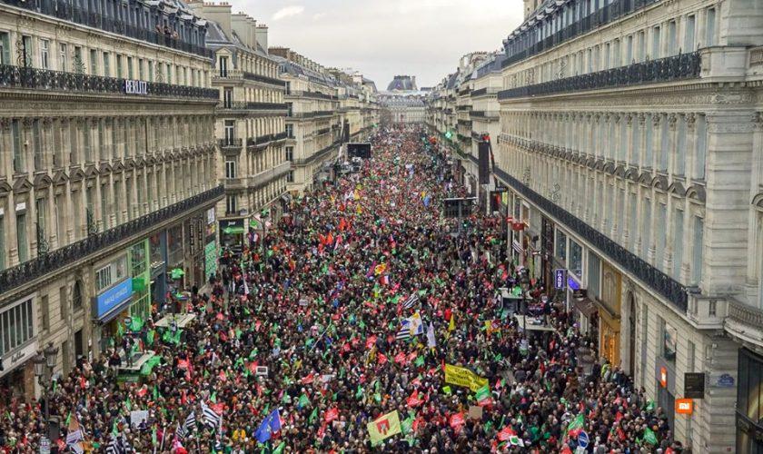 Paris244