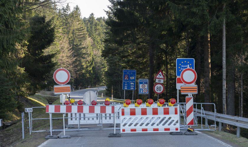 Sulzberg, Vorarlberg/ Austria – 04-08-2020, even country roads,